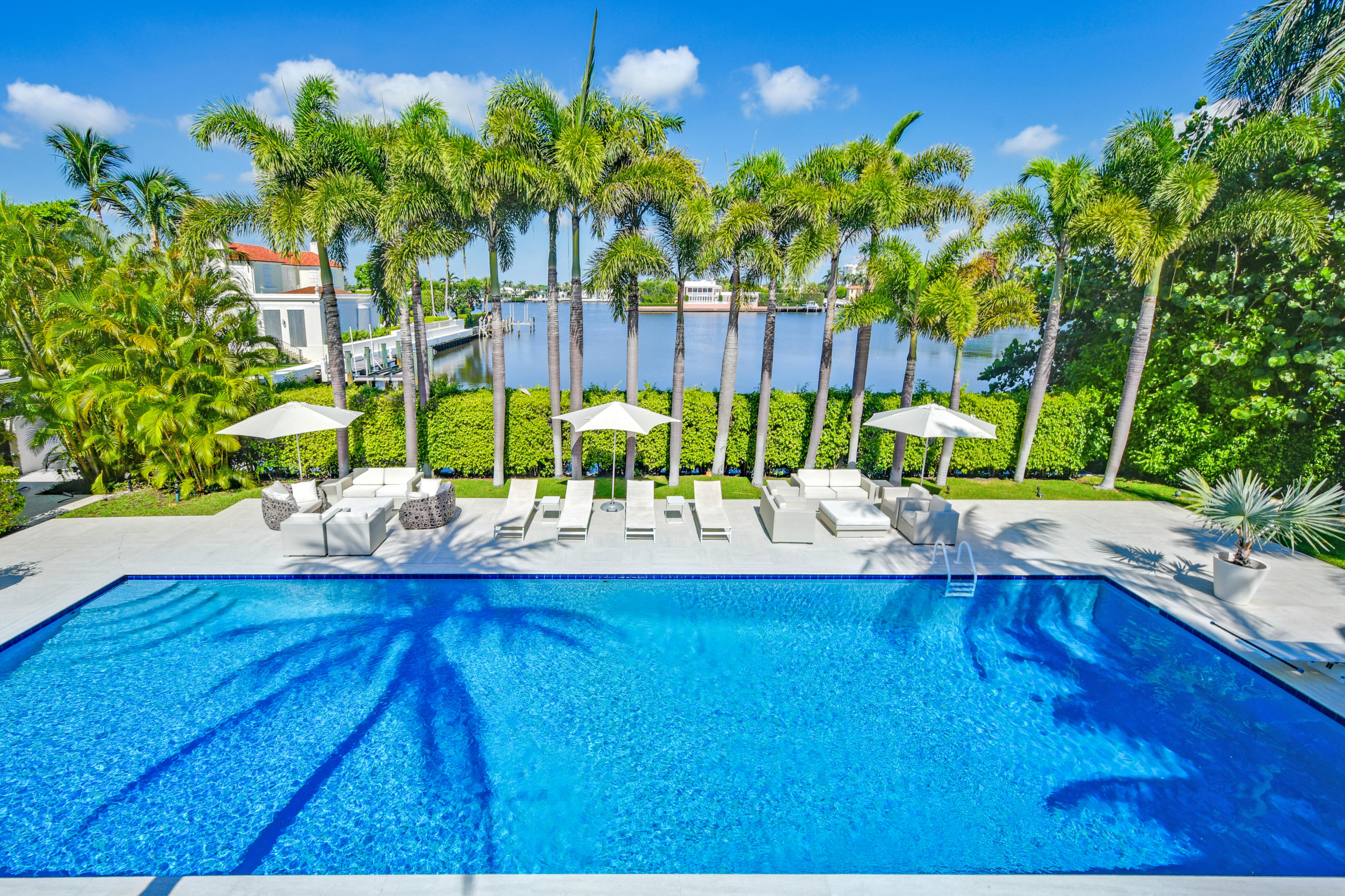 Palm Beach, Florida 33480, 6 Bedrooms Bedrooms, ,7 BathroomsBathrooms,Residential,For Sale,El Brillo,RX-10640978