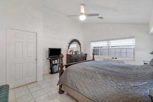 6010 Bay Isles Drive Boynton Beach FL 33437