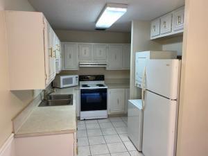 8920 Warwick Drive Boca Raton FL 33433