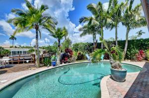 701 Ne 69th Street Boca Raton FL 33487