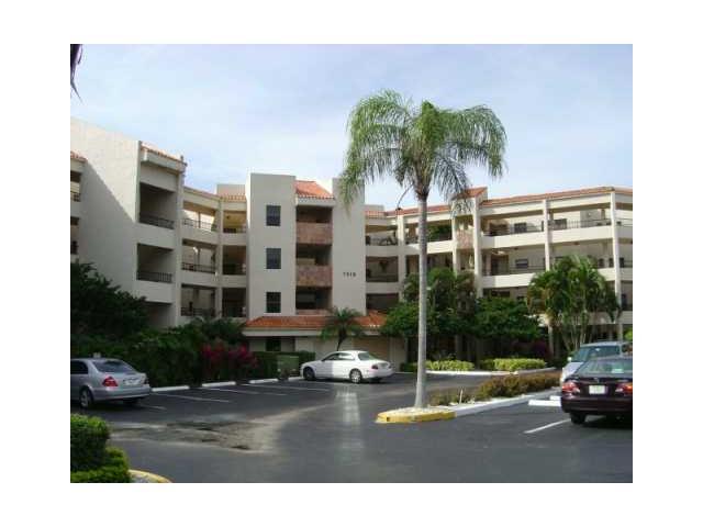 7472 La Paz Boulevard UNIT 309 Boca Raton, FL 33433