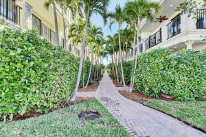 623 Windward Circle Boynton Beach FL 33435