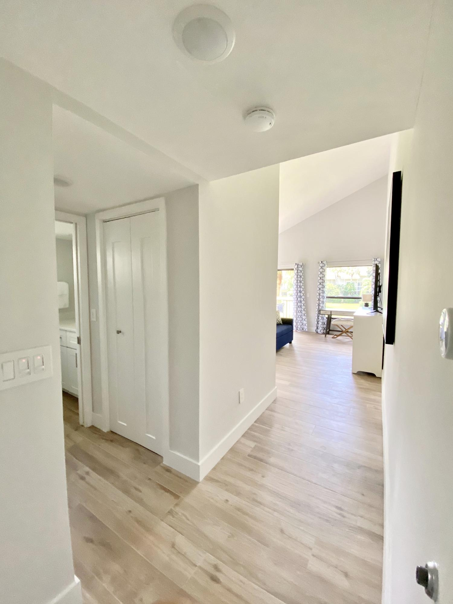 Wellington, Florida 33414, 1 Bedroom Bedrooms, ,1 BathroomBathrooms,Rental,For Rent,Wimbledon,RX-10641835