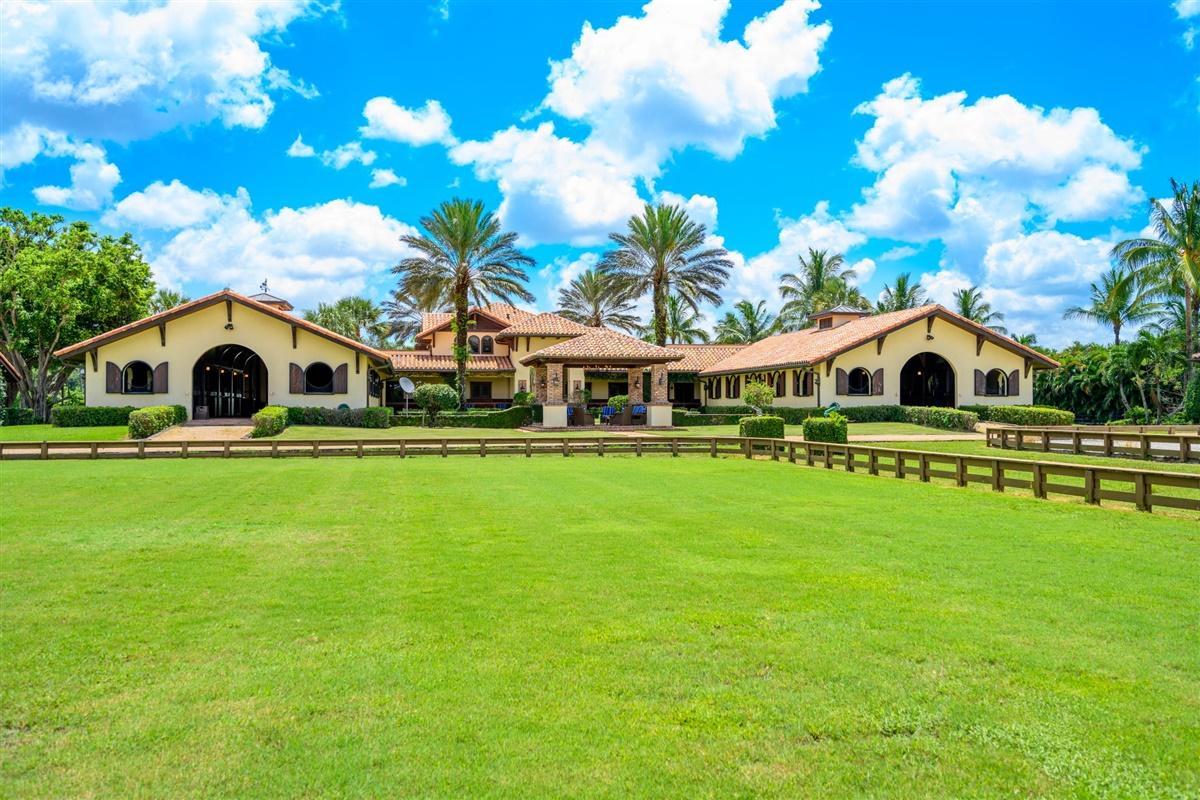 4715 125th Avenue, Wellington, Florida 33449, 3 Bedrooms Bedrooms, ,2.2 BathroomsBathrooms,Barn,For Rent,125th,RX-10641900