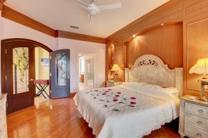 22850 Harrow Wood Court Boca Raton FL 33433