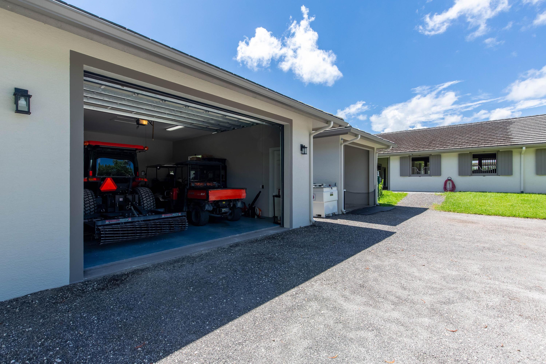 Wellington, Florida 33449, 3 Bedrooms Bedrooms, ,3 BathroomsBathrooms,Rental,For Rent,53rd,RX-10642821