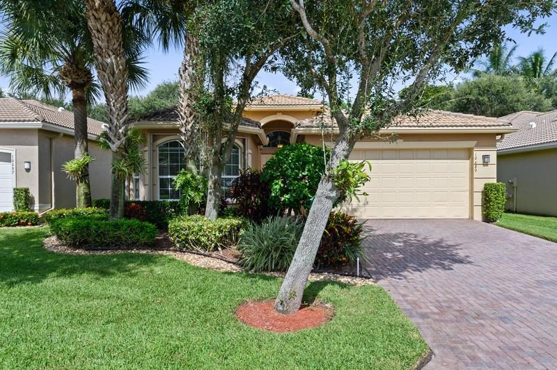 Photo of 10689 Richfield Way, Boynton Beach, FL 33437