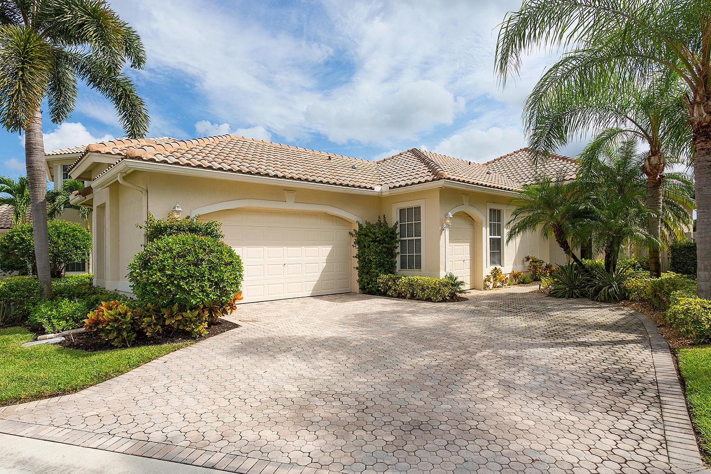 Wellington, Florida 33414, 3 Bedrooms Bedrooms, ,3 BathroomsBathrooms,Rental,For Rent,Players,RX-10643162