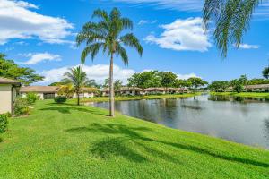 4855 Equestrian Road Boynton Beach FL 33436