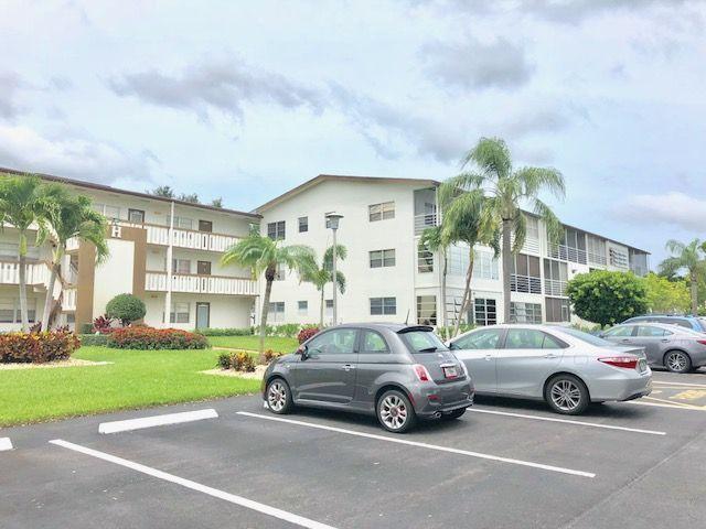 302 Mansfield H, Boca Raton, Florida 33434, 1 Bedroom Bedrooms, ,1 BathroomBathrooms,Condo/Coop,For Rent,Century Village,Mansfield H,1,RX-10643355