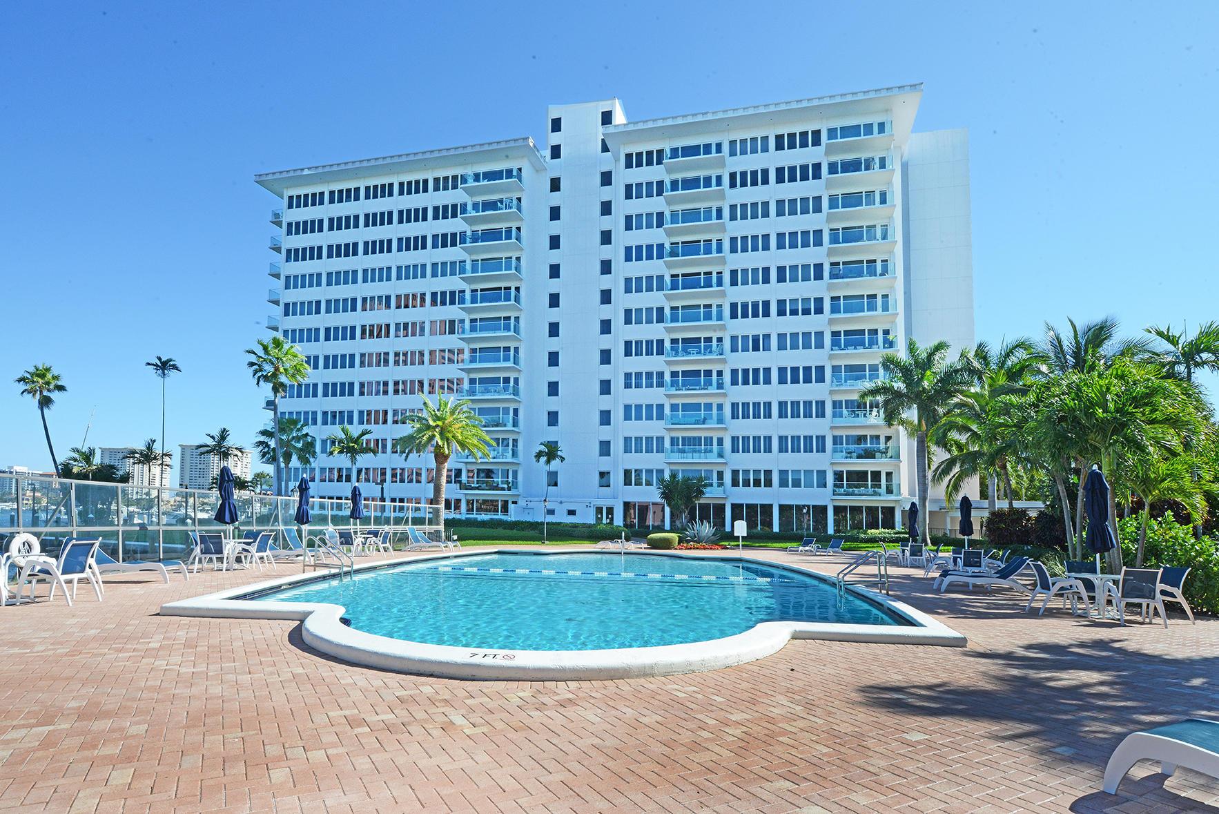 Photo of 701 E Camino Real #9-E, Boca Raton, FL 33432