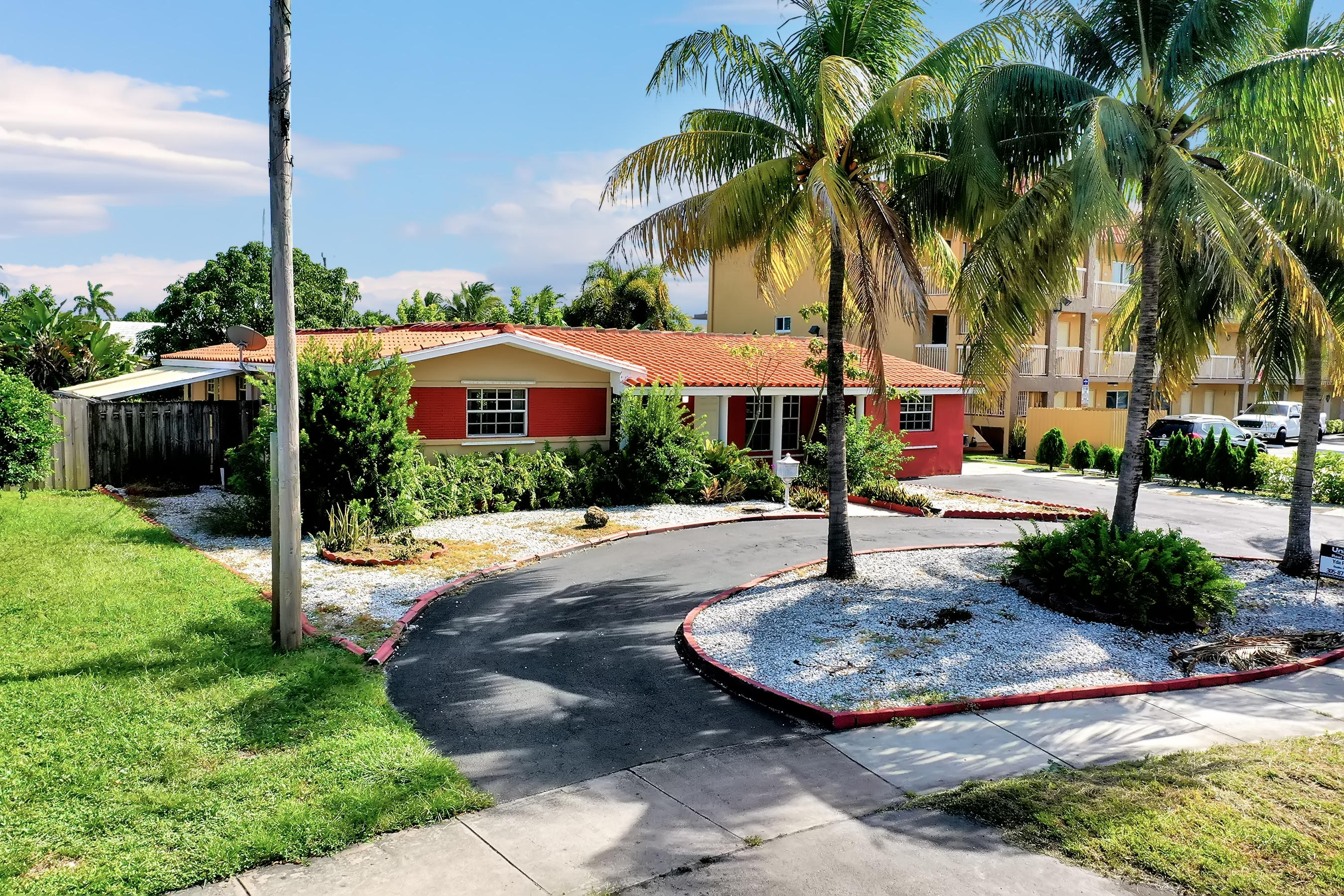 Details for 1424 56th Street Ne, Fort Lauderdale, FL 33334