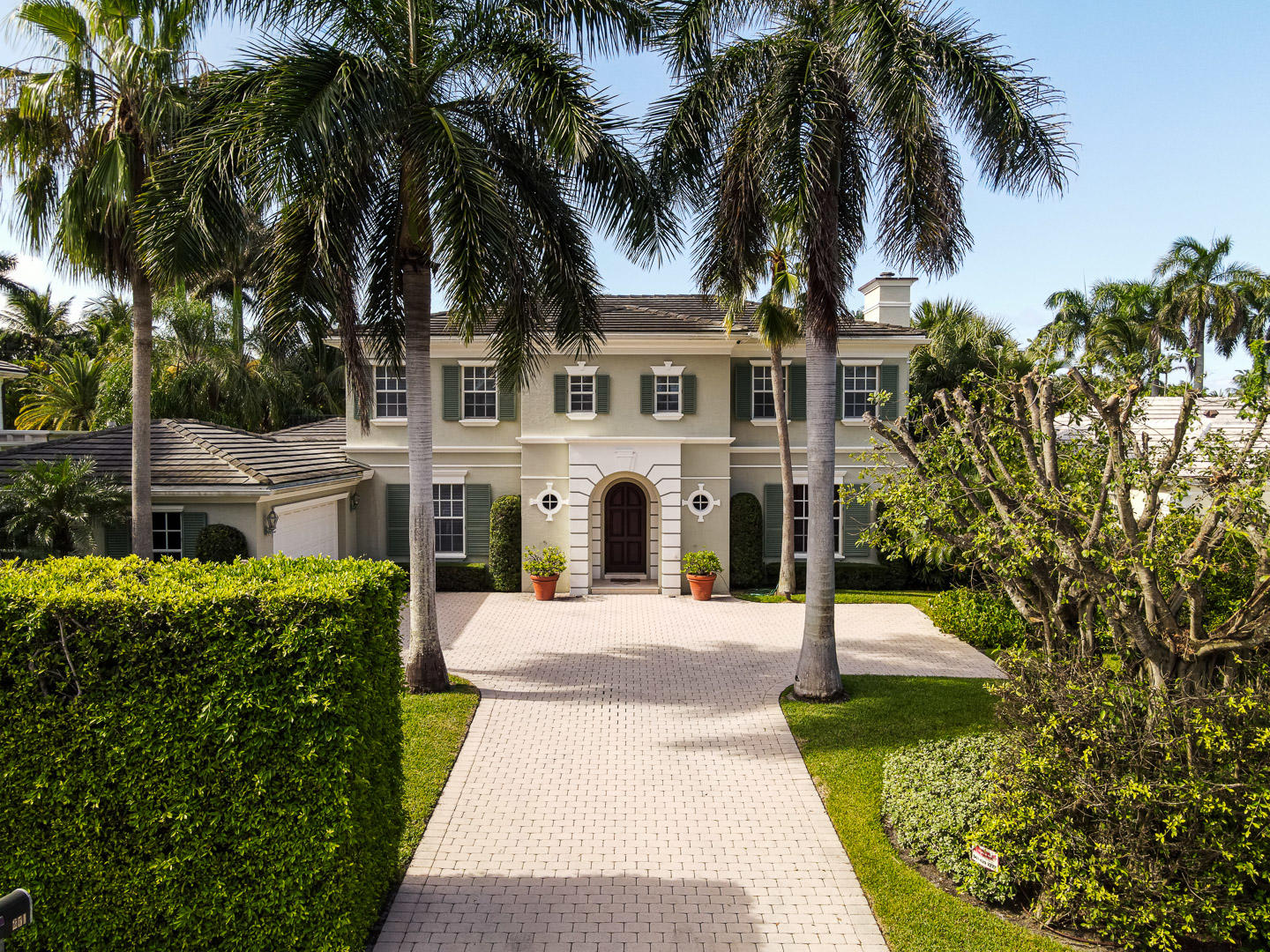 Palm Beach, Florida 33480, 4 Bedrooms Bedrooms, ,5 BathroomsBathrooms,Residential,For Sale,Tangier,RX-10643284