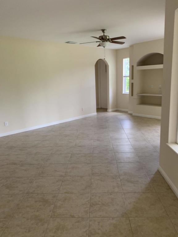 Image 9 For 1205 Live Oak Cove Sw