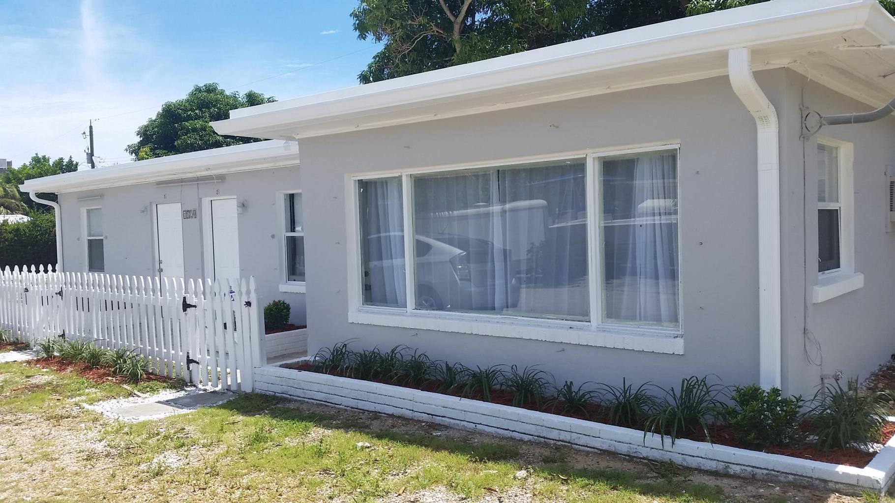 1820 Redbank Road, Juno Beach, Florida 33408, ,1 BathroomBathrooms,Duplex/Triplex/Quadplex,For Rent,Redbank,1,RX-10644021