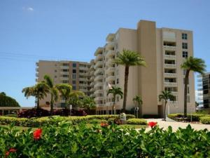 3450 S Ocean Boulevard, 709, Palm Beach, FL 33480