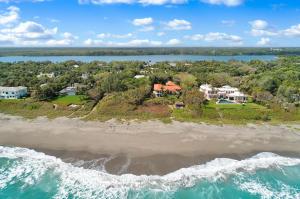 119 S Beach Rd, Hobe Sound, FL 33455