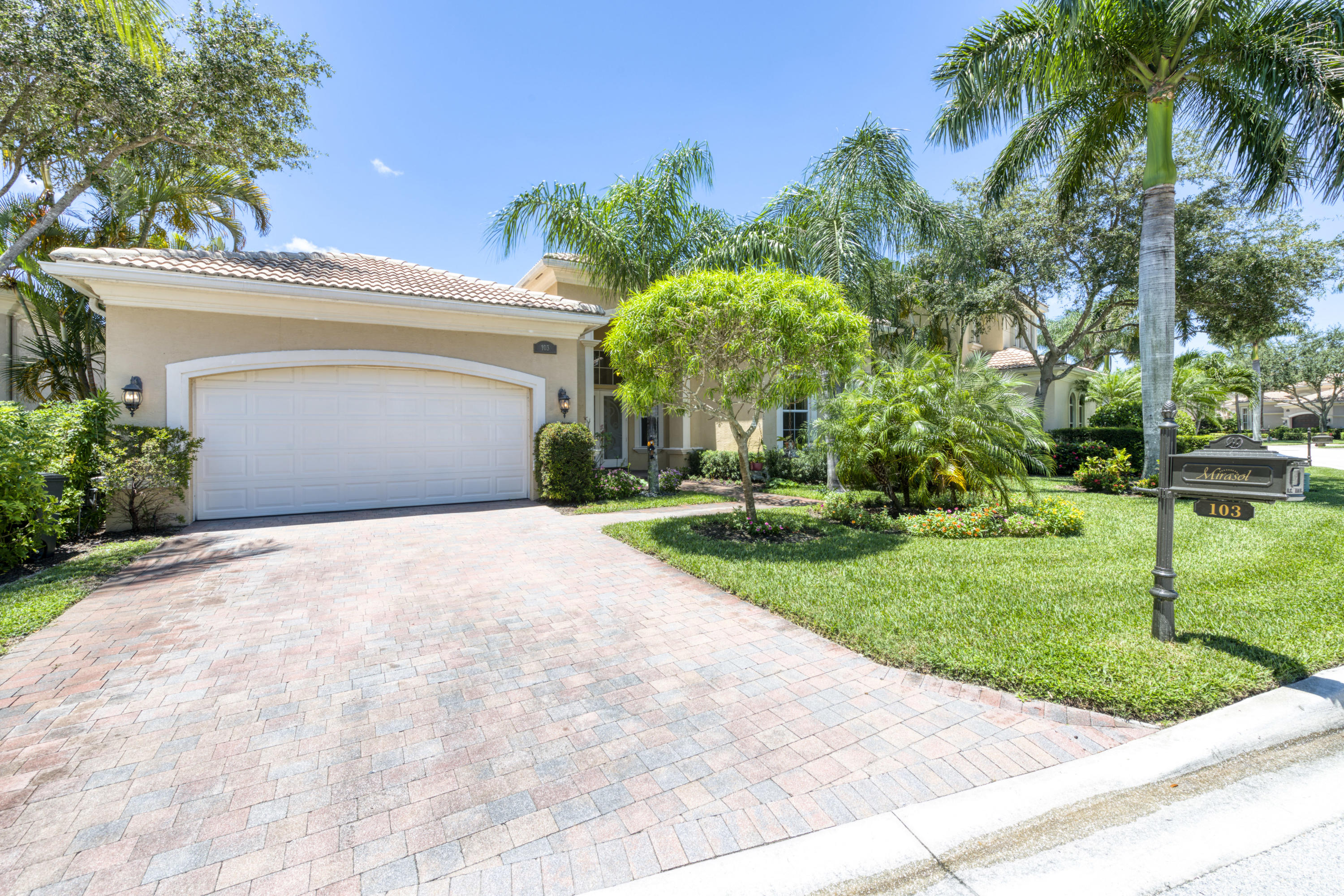 Details for 103 Dalena Way, Palm Beach Gardens, FL 33418