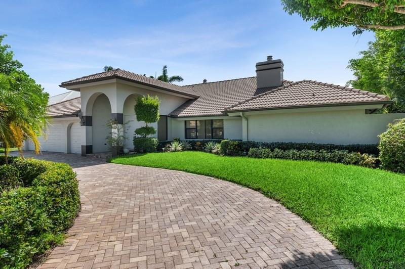 17675  Foxborough Lane  For Sale 10644809, FL