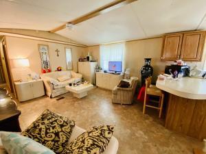 4025 Cardinal Road Boynton Beach FL 33436