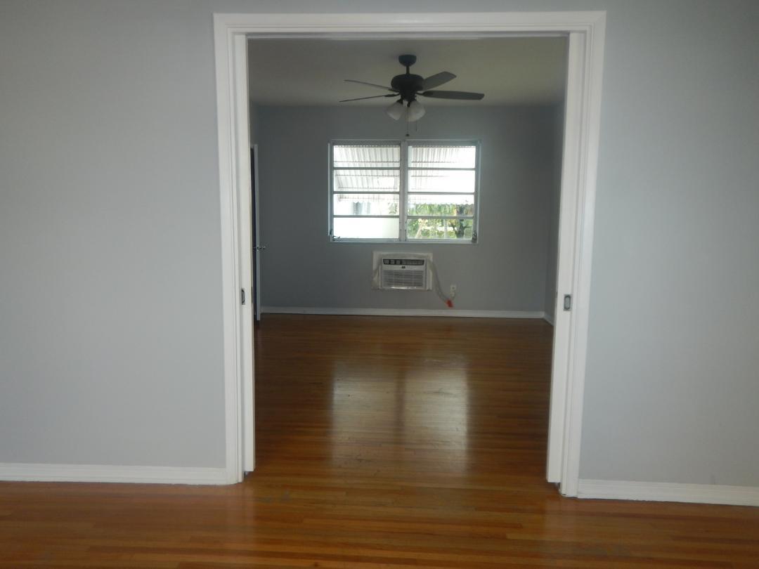 7915 Byron Ave #1, Miami Beach, FL, 33141