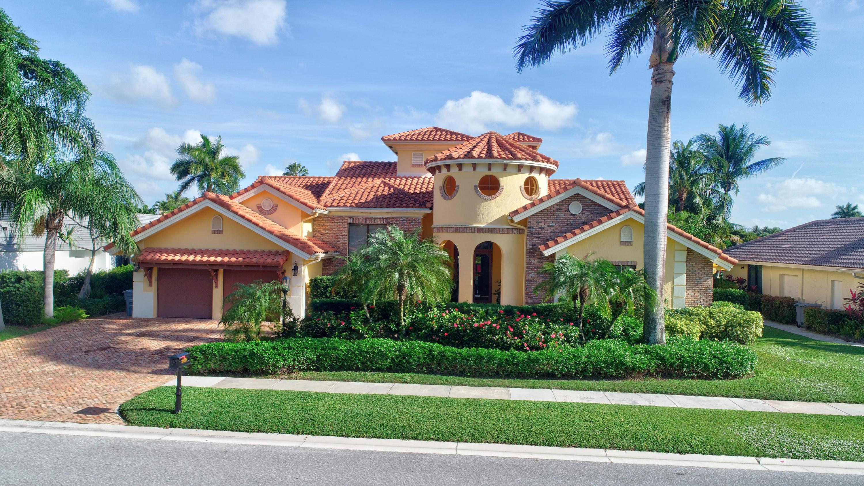 Photo of 21278 Bellechasse Court, Boca Raton, FL 33433