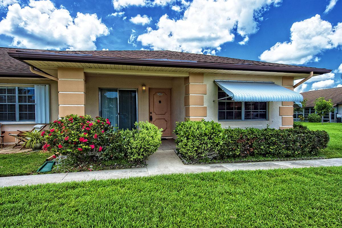 Photo of 509 Ponderosa Drive #42, Fort Pierce, FL 34982