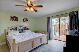 10267 W Boca Bend Boca Raton FL 33428