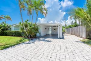 323 Glen Arbor Terrace, Boynton Beach, FL 33426