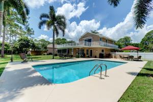 15638 73rd Terrace N, West Palm Beach, FL 33418