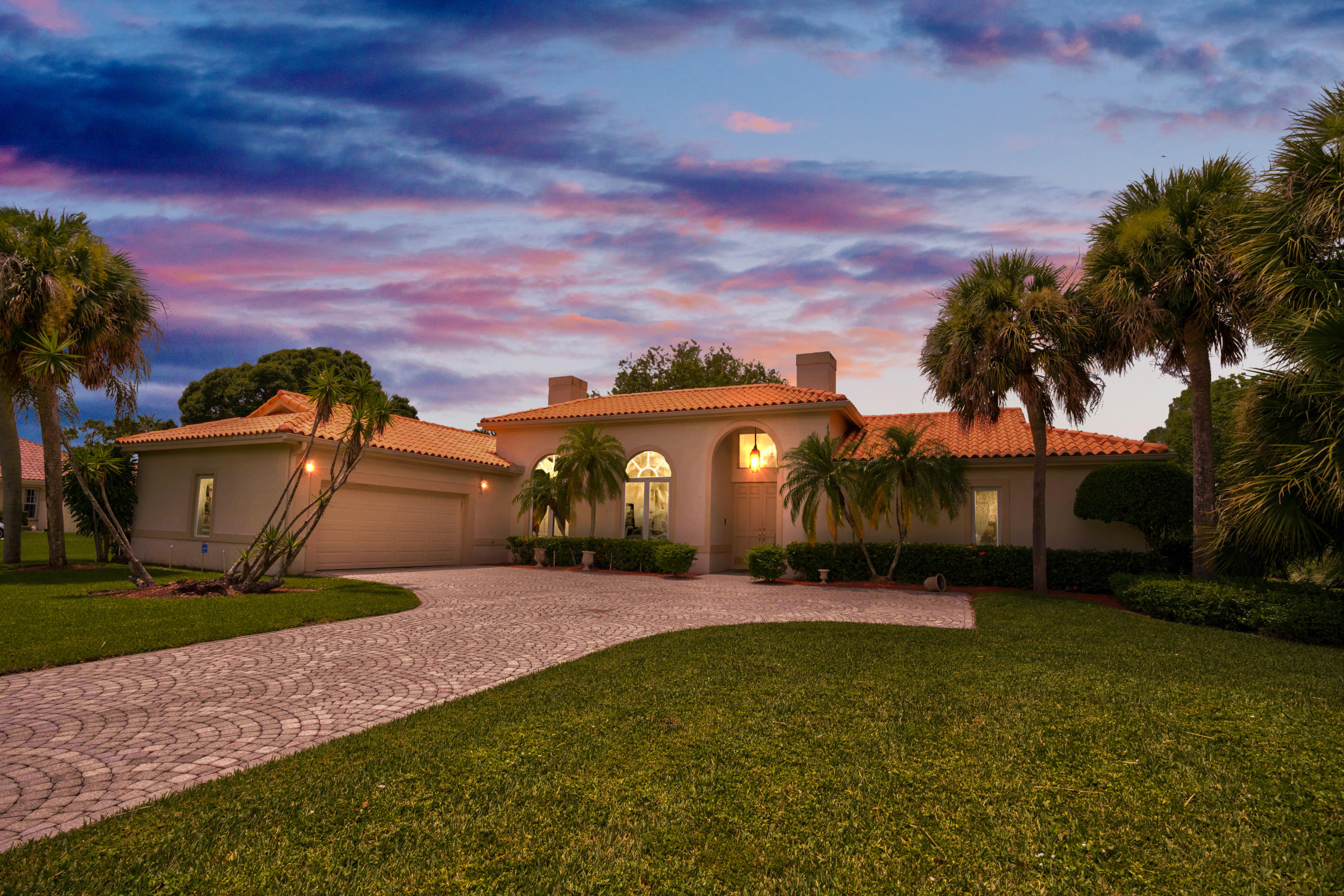 Details for 8739 Marlamoor Lane, Palm Beach Gardens, FL 33412