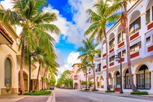 worth-ave-palm-beach-royalty-free-image-