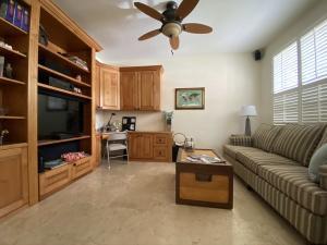 23489 Water Circle Boca Raton FL 33486