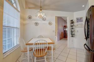 21122 Via Ventura Boca Raton FL 33433