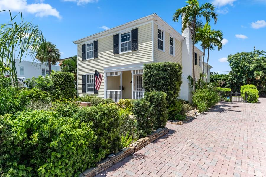 Details for 221 Greenwood Drive, West Palm Beach, FL 33405