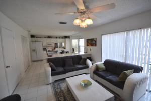 10740 Buttonwood Lake Drive Boca Raton FL 33498