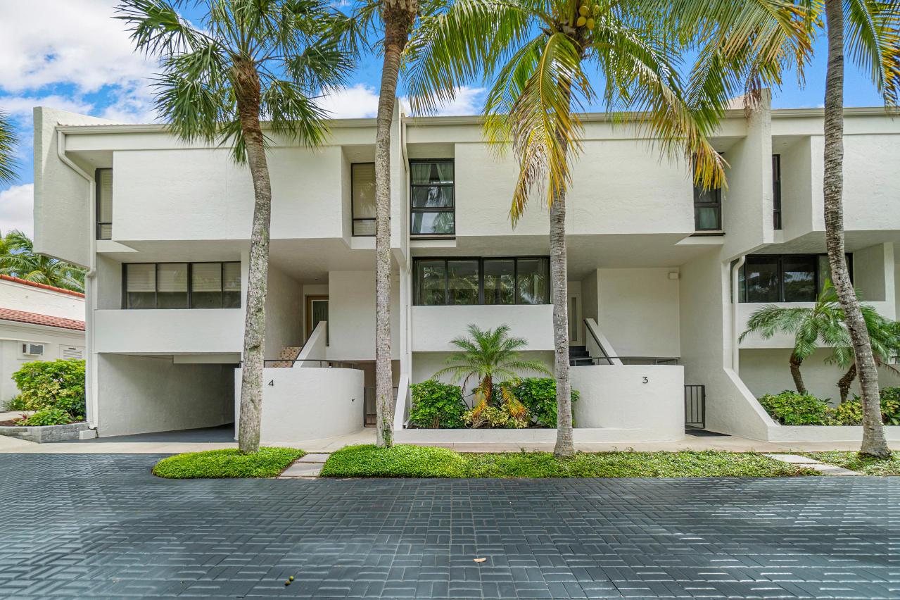 2335 Ocean Boulevard, Palm Beach, Florida 33480, 3 Bedrooms Bedrooms, ,2.1 BathroomsBathrooms,Townhouse,For Sale,Ocean,RX-10646751