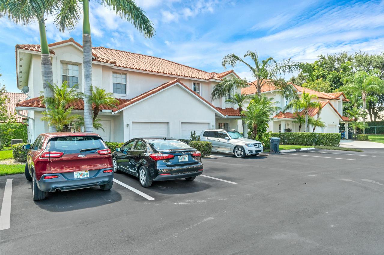 Wellington, Florida 33414, 3 Bedrooms Bedrooms, ,2 BathroomsBathrooms,Rental,For Rent,Fountain View,RX-10647488