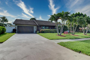 4830 Fox Hunt Trail Boca Raton FL 33487