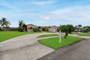 10858 Winding Creek Way Boca Raton FL 33428