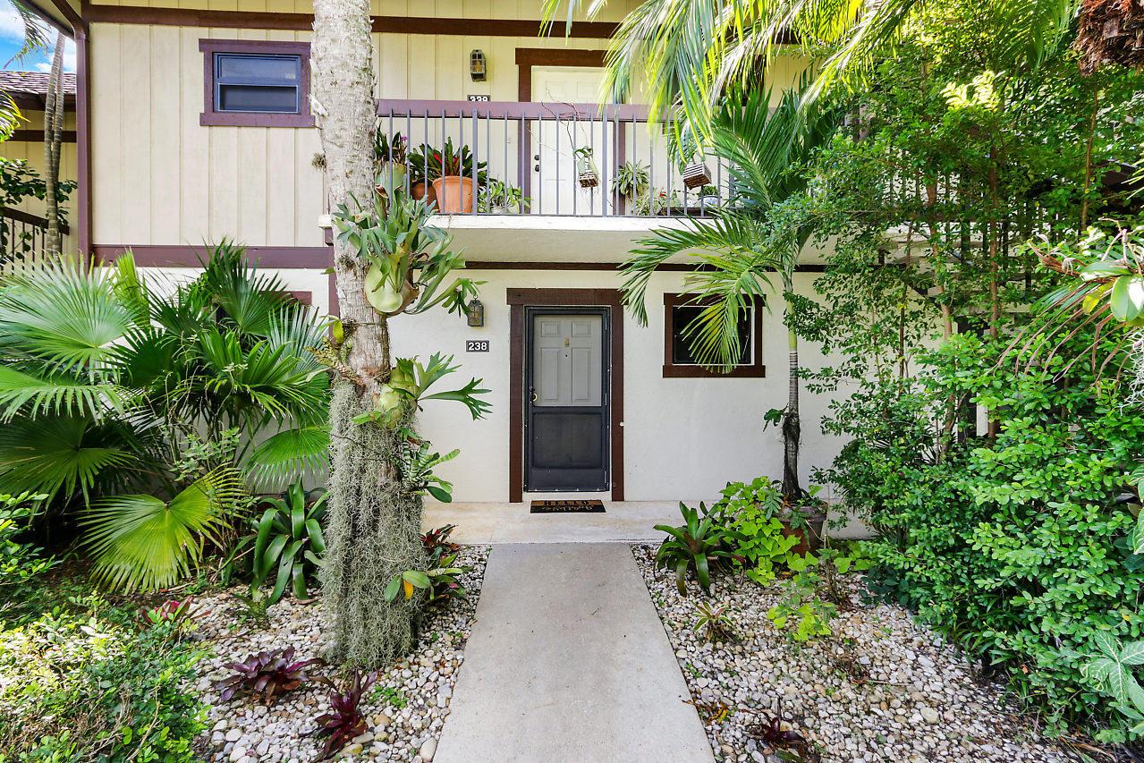 Wellington, Florida 33414, 1 Bedroom Bedrooms, ,1 BathroomBathrooms,Rental,For Rent,Polo Club,RX-10647780