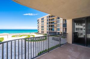 3610 S Ocean Boulevard, 211, South Palm Beach, FL 33480