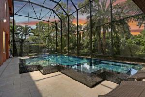 2238 Ridgewood Circle, Royal Palm Beach, FL 33411