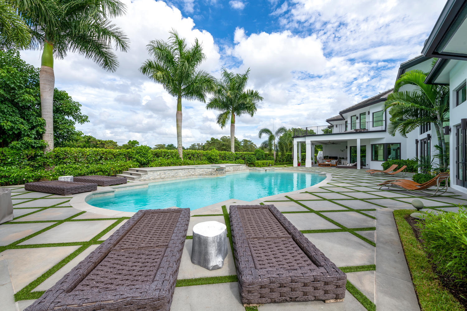 Wellington, Florida 33414, 7 Bedrooms Bedrooms, ,7 BathroomsBathrooms,Residential,For Sale,Sheltingham,RX-10651986