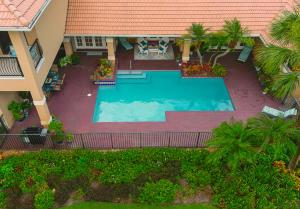 17137 Northway Circle Boca Raton FL 33496