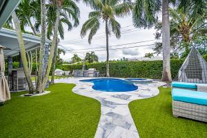 1079 Sw Mulberry Way Boca Raton FL 33486
