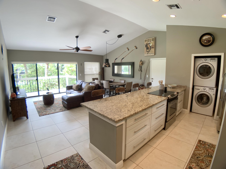Wellington, Florida 33414, 1 Bedroom Bedrooms, ,1 BathroomBathrooms,Rental,For Rent,Wimbledon,RX-10649386