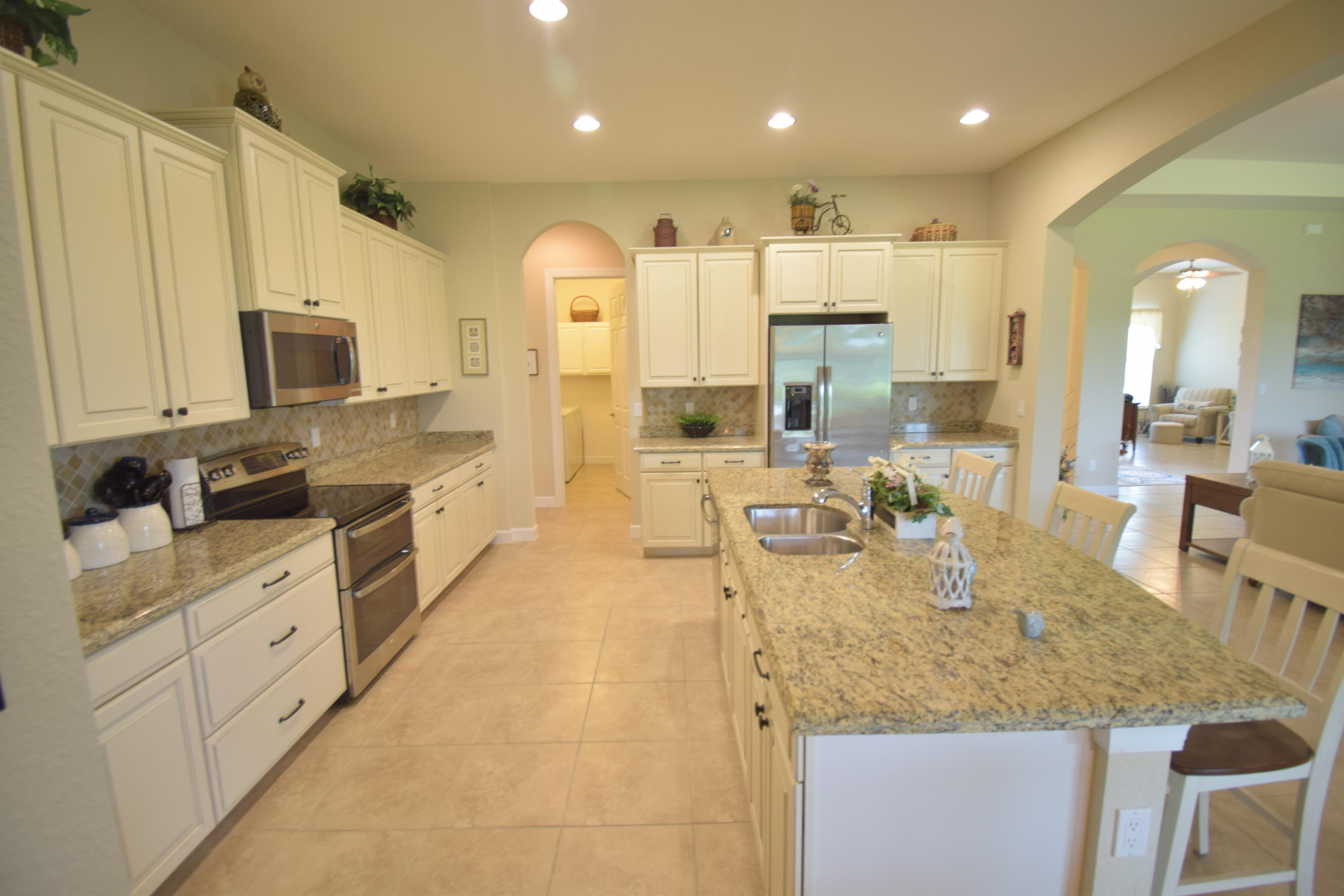 Lisitng Image number7 for 11925 Aventino Drive Sw