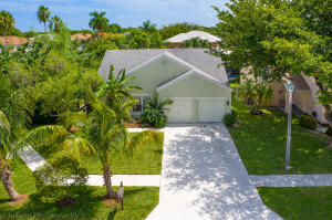 8570 Old Towne Way Boca Raton FL 33433
