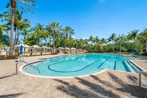 17802 Lake Azure Way Boca Raton FL 33496